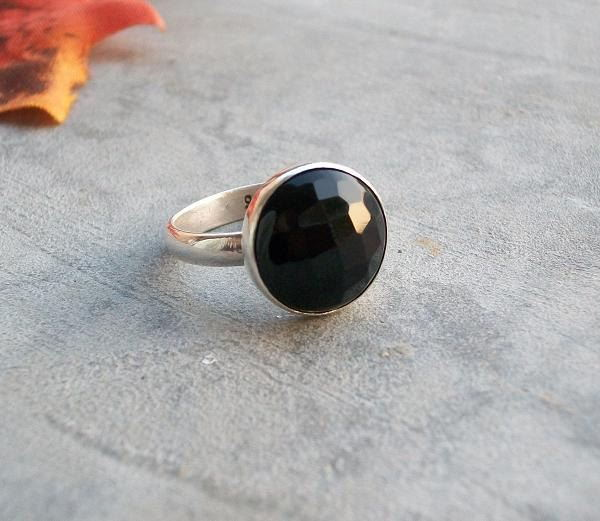 12mm round black onyx ring
