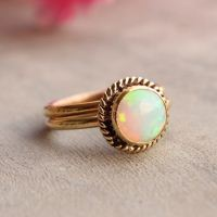 18K Gold Opal ring - Opal Ring - Engagement ring - Wedding ring - Arti