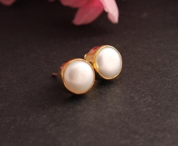 c4b8e1999 Buy 18K yellow gold pearl earrings - Stud earrings - 8mm pearl small ...