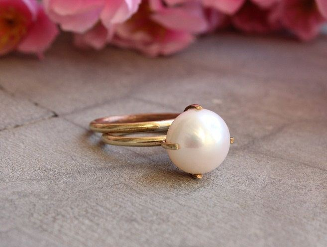 18k Gold ring Pearl ring