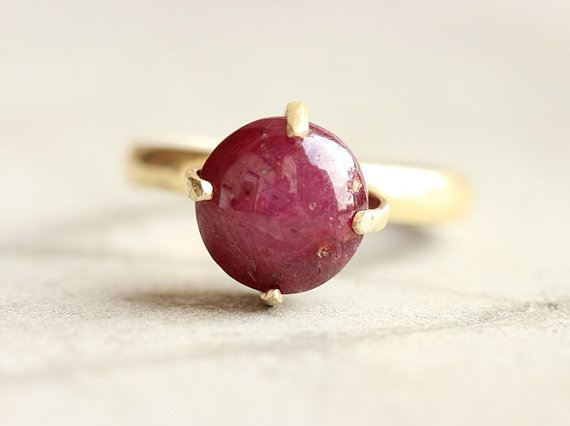 18k Gold ring Star Ruby