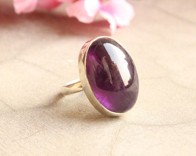 Amethyst ring Cabochon ring Bezel