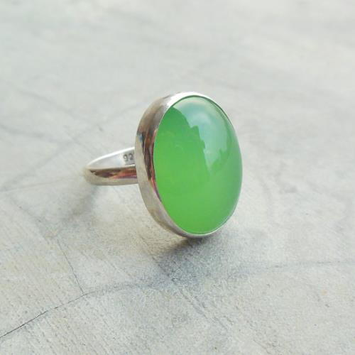 Apple green oval chalcedony ring