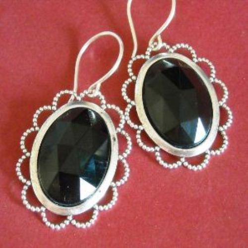 Black beauty vintage cab sterling silver earrings
