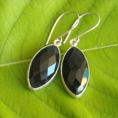 Black onyx leaf marquise earrings
