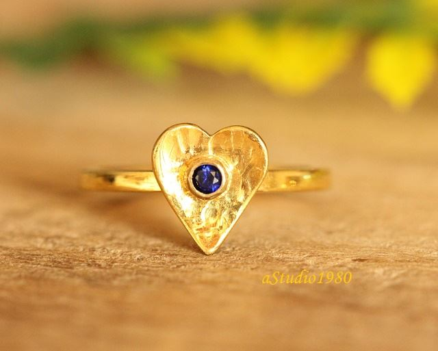 Blue Sapphire ring 18k gold