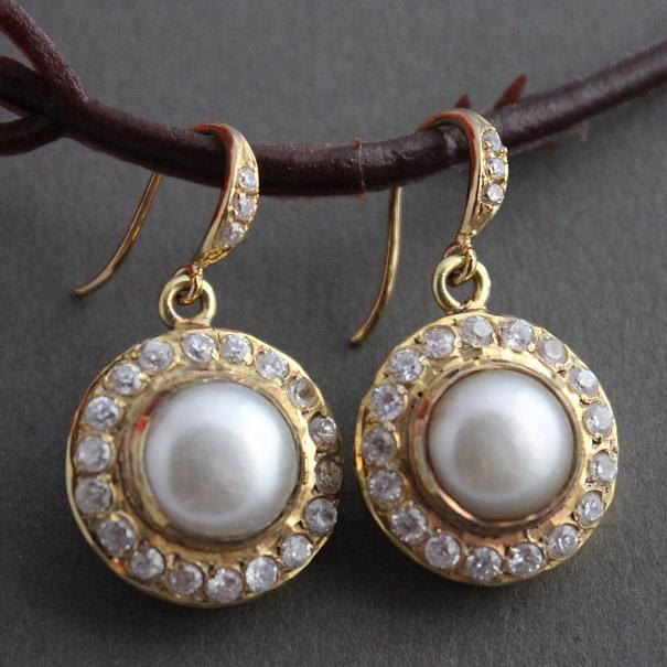 Bridal earrings Pearl earrings Cz