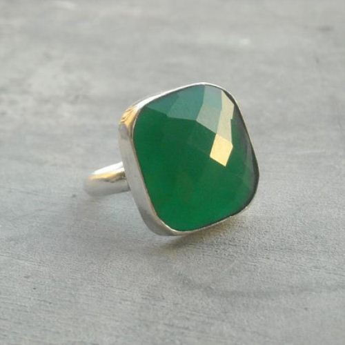 Emerald green ring Gemstone sterling