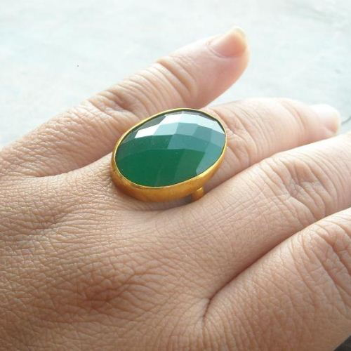 351e7c04e ... Emerald green ring - gemstone ring - vermeil gold ring - green onyx ...