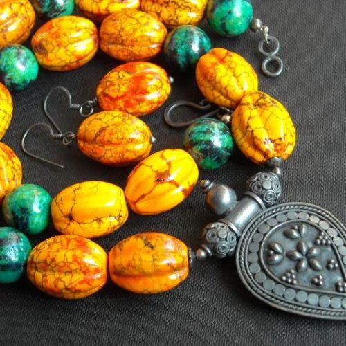 Ethnic fire turquoise Chrysocolla necklace