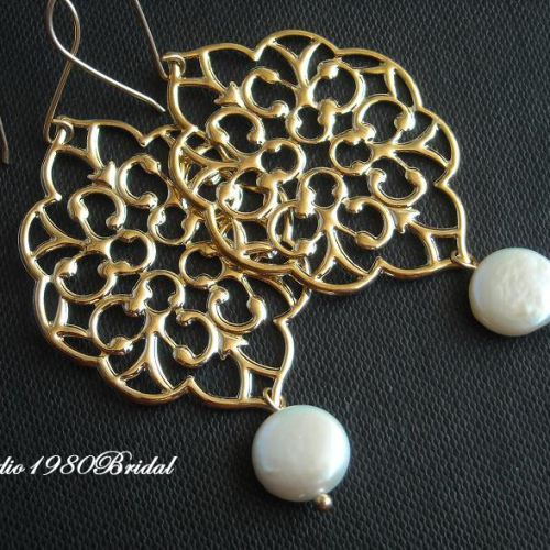 Filigree Bridal Pearl earrings