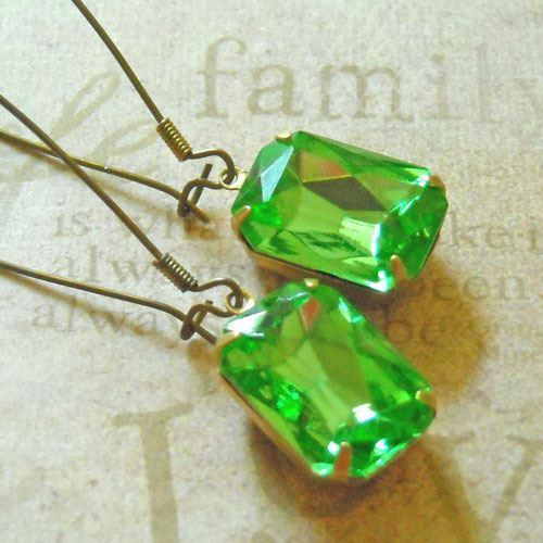 Fresh Peridot green Vintage glass Brass earrings