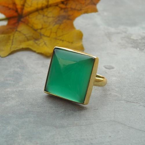 Green chalcedony ring emerald green