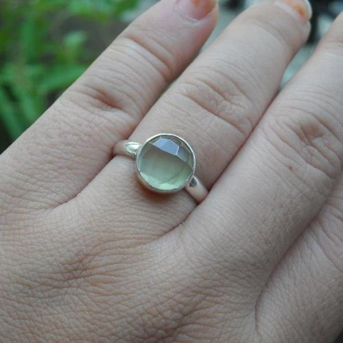 oval index certified shape prehnite gemstone ct natural