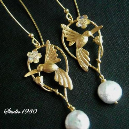 Hummingbird Earrings Bridesmaid Mat Gold Swarovski Crystal Pearl