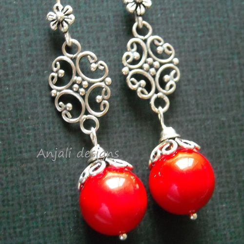 Love me Sterling silver red shell bead earrings