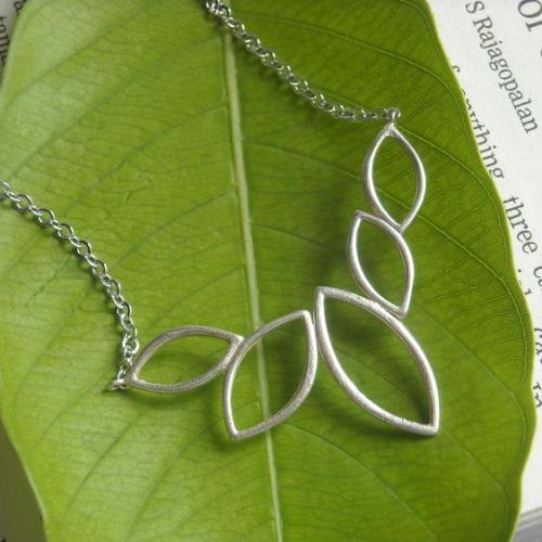 Modern every day Leaf pendant necklace