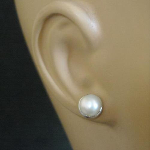 stud fashion white ball gold earrings in mm faceted