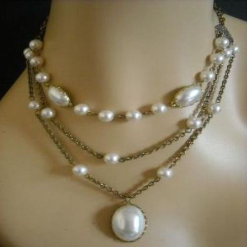 RESERVED FOR Vidya VINTAGE AFFAIR bridal pearl necklace earrings