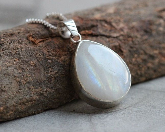 Natural rainbow moonstone pendant necklace