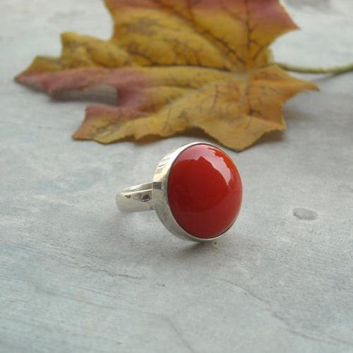 Red coral ring 14mm round