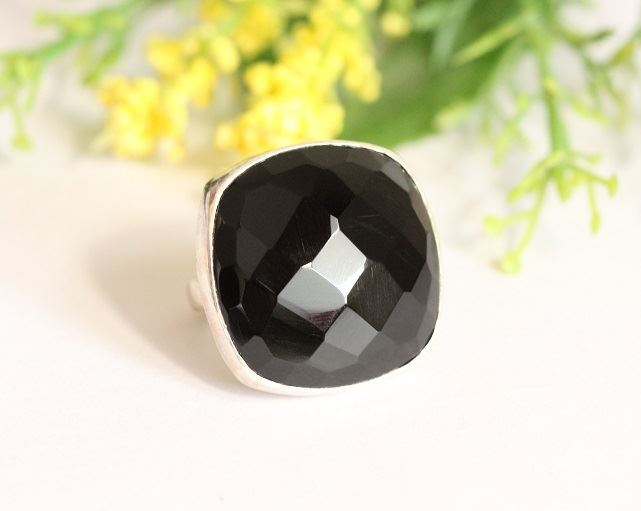 Rock star ring Black onyx
