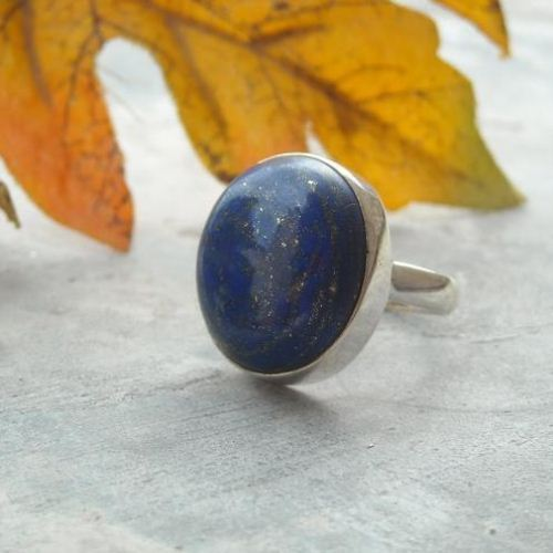 Silver round ring Blue ring