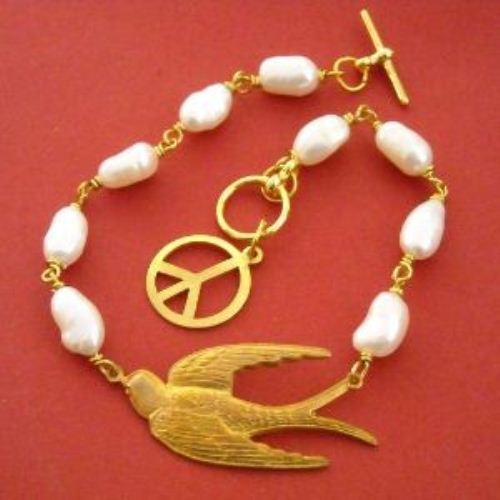 Sky is the limit Vintage Brass bird Peace pearl Bracelet