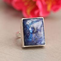 Statement Rainbow Moonstone Ring - Blue moonstone - Artisan ring