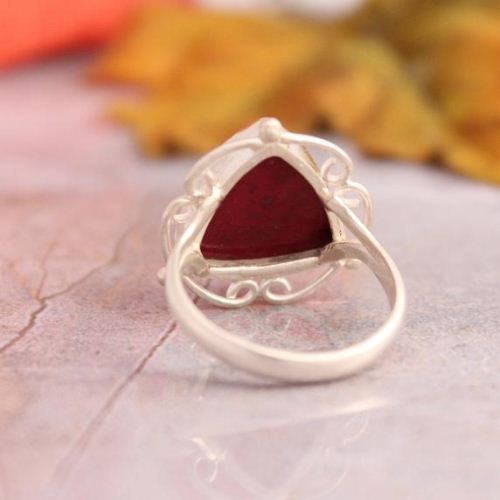 Triangle ring - Ruby ring - Artisan Unique jewelry - July birthstone