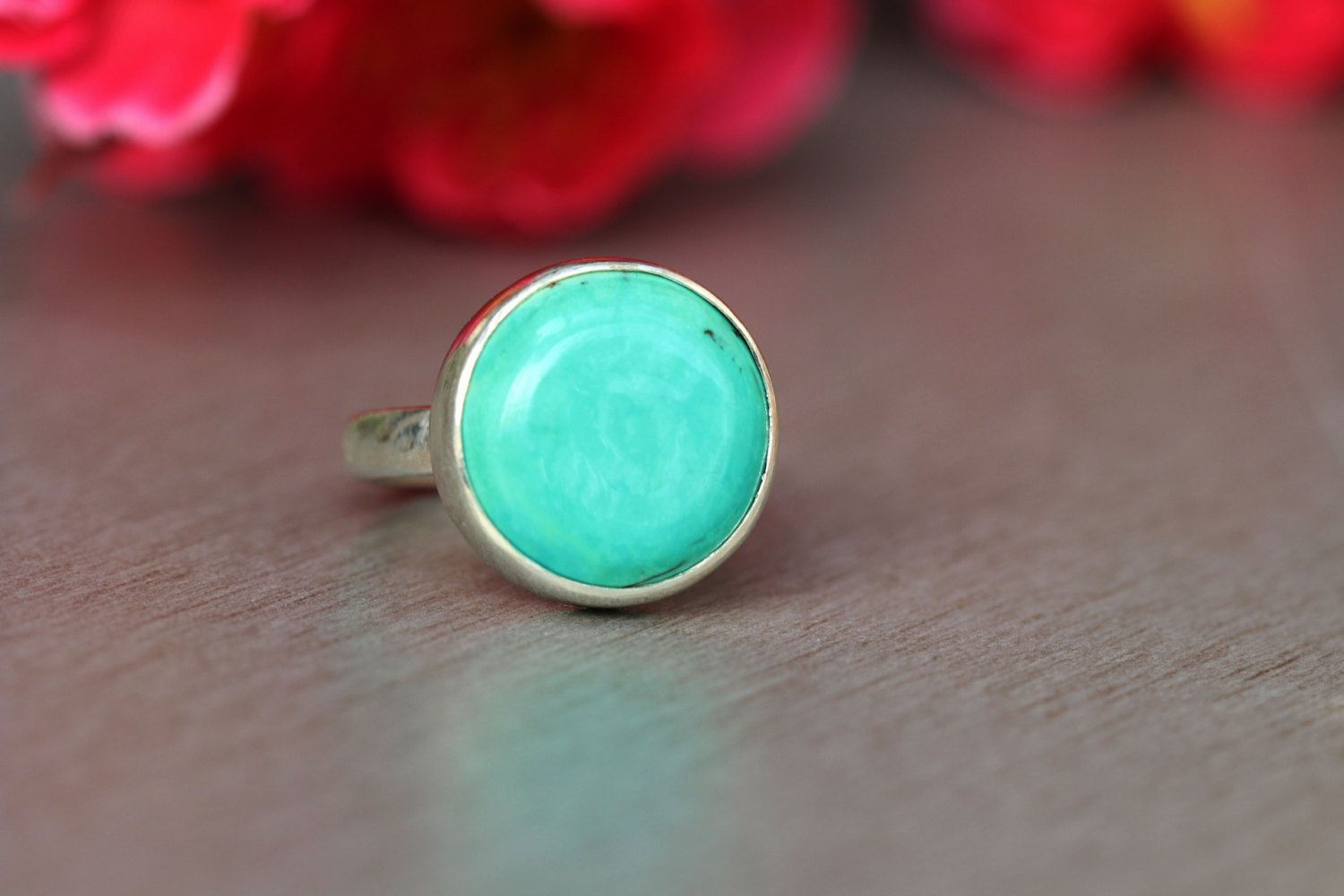 Turquoise silver ring Round gemstone