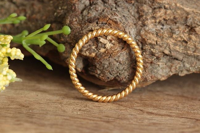 Twisted rope wedding band ring