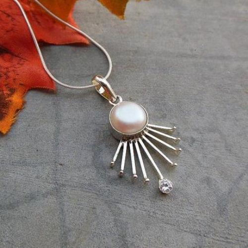 Unique handmade jewelry Freshwater pearl