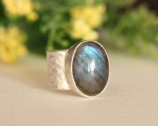 Labradorite ring,Sterling silver ring,Gemstone ring,Statement ring,Labradorite jewelry,Gift for her,Women/'s ring